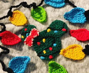 Crochet Christmas lights and Crochet Holiday Minnie coffee coaster for Sale in Chino Hills, CA