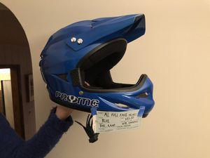 Dirt bike helmet for Sale in Willowbrook, IL