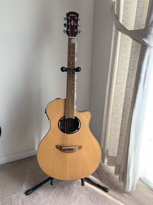 Yamaha APX 500 Acoustic Electric Guitar with Stand. Like new! for Sale in Laurel, MD