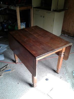 Antique wood table for Sale in Gahanna, OH