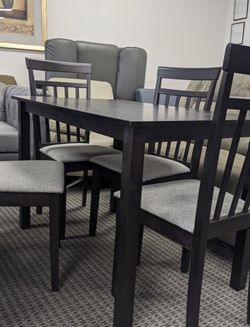 Brand New Dining Table With 4chairs -price For One Set for Sale in Hacienda Heights,  CA