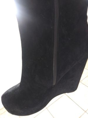 Black boots with fringe on sides really nice for Sale in Rio Rancho, NM