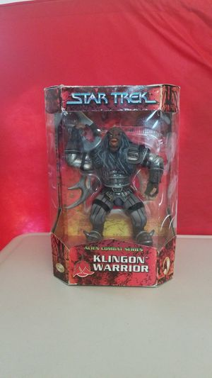 STAR TREK KLINGON WARRIOR COLLECTIBLE FIGURE. for Sale in Corona, CA