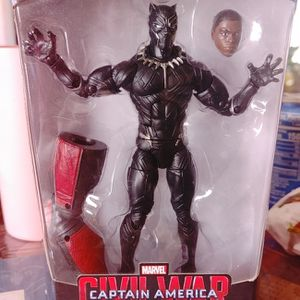 Captain America Civil War Legends Series for Sale in Orlando, FL