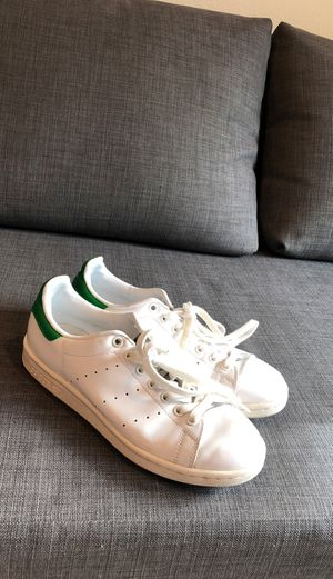 Adidas original shoes Stan Smith size 6.5 men size 8 in women for Sale in Los Angeles, CA