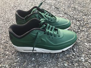 NIKE AIR MAX 90 VT QS - 9.5 for Sale in Silver Spring, MD