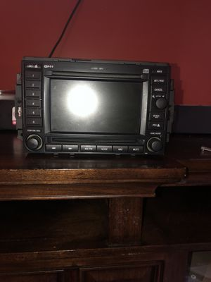 05 Chrysler 300c tv with navigation for Sale in Washington, DC