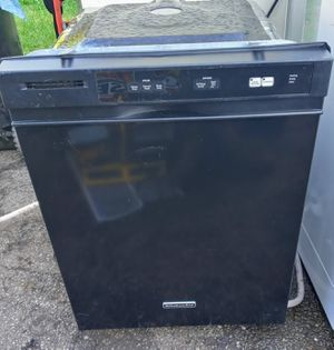 Like Brand-New Kitchen Aid Black/Stainless Dishwasher! for Sale in Cleveland, OH