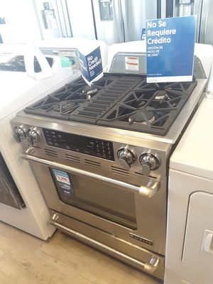 Jenn-air stove for Sale in Los Angeles, CA