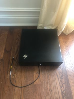 USB connected cash drawer with keys for Sale in Deerfield, IL