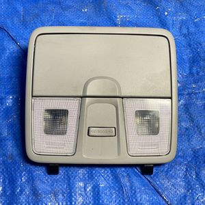 12 13 14 15 16 17 Hyundai Veloster Overhead Dome Light for Sale in Miami Gardens, FL