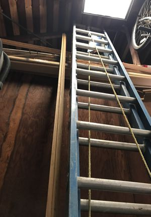 24 foot fiberglass ladder for Sale in Los Angeles, CA