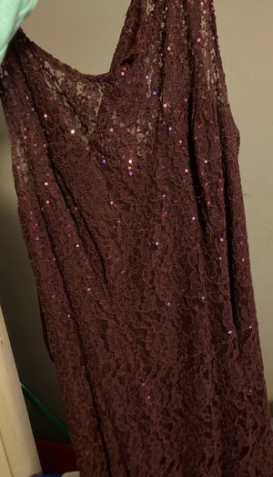 Long purple dress for homecoming/prom for Sale in Winter Haven, FL