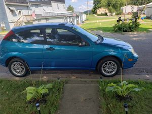 Ford Focus zx3 230k 5spd standard for Sale in Lancaster, OH