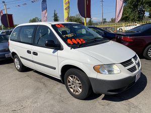 2005 Dodge Caravan minivan for Sale in Modesto, CA