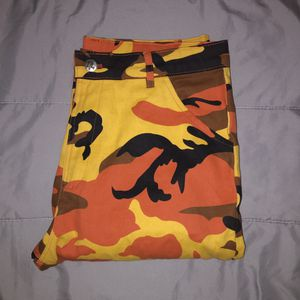 Orange Camo Pants (Oversized) Neverworn for Sale in Daly City, CA
