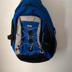 Blue/Black ES Backpack for Sale in Morton, IL