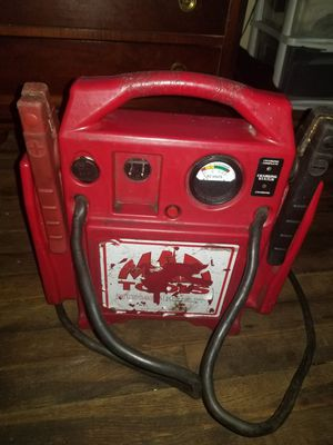 Official mac tools fullsize heavy duty battery jump box for Sale in Leominster, MA