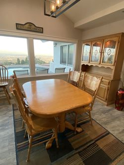 Dinning Room Set for Sale in Los Angeles,  CA
