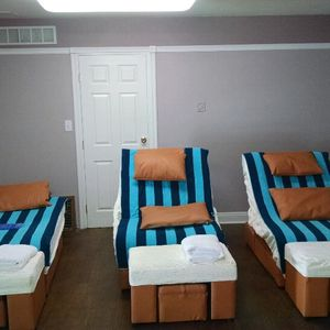 Foot Massage Tables for Sale in Antioch, CA