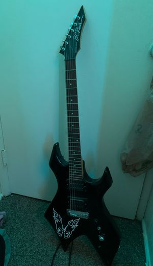 Electric guitar for Sale in Wenatchee, WA