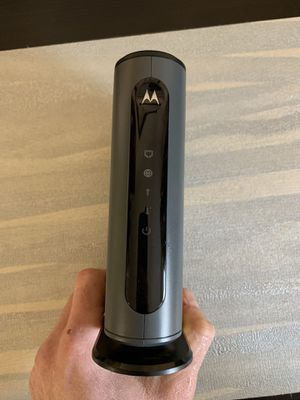 Motorola cable internet modem 8*4 docsis 3.0 for Sale in Queens, NY