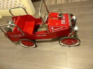Hook and Ladder engine #7 antique fire truck pedal car for Sale in Orange, CA