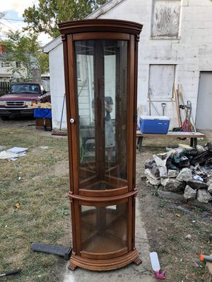 Antique Handcrafted American Curio Cabinet w/ Curved Glass for Sale in Columbus, OH