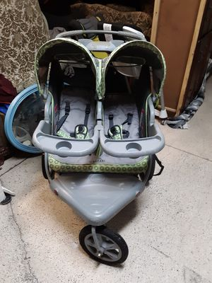 Double Jogger stroller for Sale in Bartow, FL
