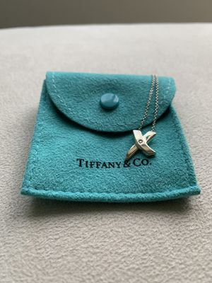 Authentic Tiffany & Co Silver Diamond Picasso X Kiss Necklace for Sale in Bellevue, WA