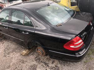 Parts E350 Mercedes 2006 for Sale in Saint Petersburg, FL