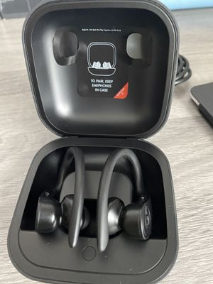 Power beats pro used, 5 pairs available! for Sale in Lakeway, TX