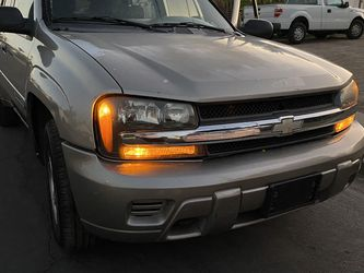 2002 Chevrolet TrailBlazer LS-Runs And Drives Clean Title Emissions for Sale in Gilbert,  AZ