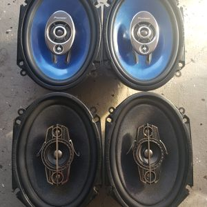 "Kit of Speakers Pioneer 5x7"" ideal for FORD or MAZDA it works Perfectly for Sale in Orlando, FL"