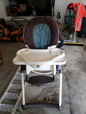 High Chair for Sale in Powder Springs, GA