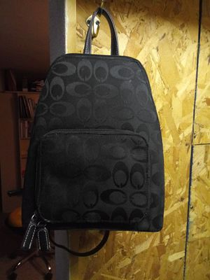 Black purse/backpack for Sale in Lancaster, OH
