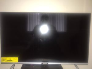 32 inch smart tv for Sale in Clawson, MI