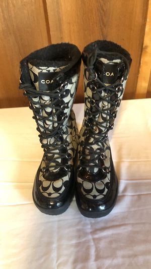 Coach snow winter waterproof boots 8 for Sale in Keller, TX