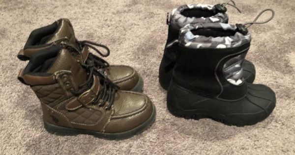 Size 12 kids boots reg. Boots and snow boots