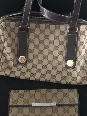 Gucci Purse n Wallet for Sale in Winter Haven, FL