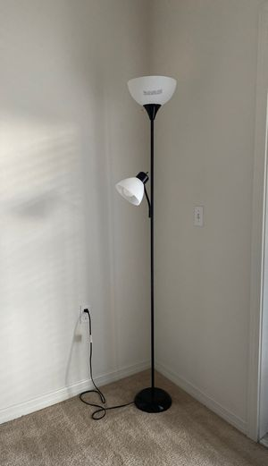 6' Black Floor Lamp for Sale in Largo, FL