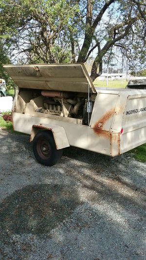 Ingersoll Rand air compressor. for Sale in Acampo, CA
