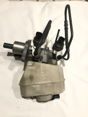 00-06 325i 330i BMW E46 3-Series DSC BRAKE MASTER CYLINDER W RESERVOIR TANK OEM for Sale in Duvall, WA