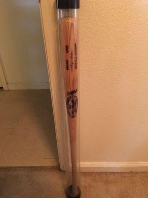 Ryan Klesko Louisville Slugger Signed Wooden Bat for Sale in Hazlehurst, GA