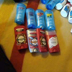 2 X $5 Men And Women Deodorants. for Sale in Dallas, TX