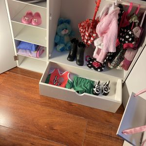 American Girl Doll Closet for Sale in Los Angeles, CA