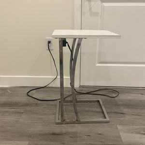 Side Table With USB and Outlet for Sale in Glendale, CA