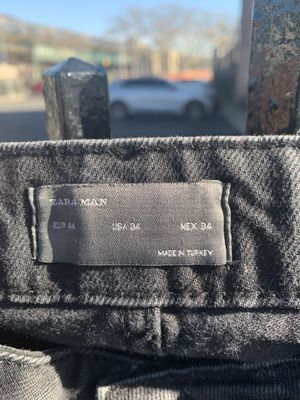 Black distressed jeans for Sale in The Bronx, NY
