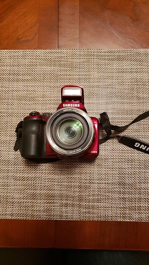 Samsung Camera - 16.4 Mega Pixels WB1100F for Sale in Muscatine, IA