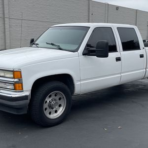 2000 Chevrolet Silverado Crew Cab for Sale in Modesto, CA